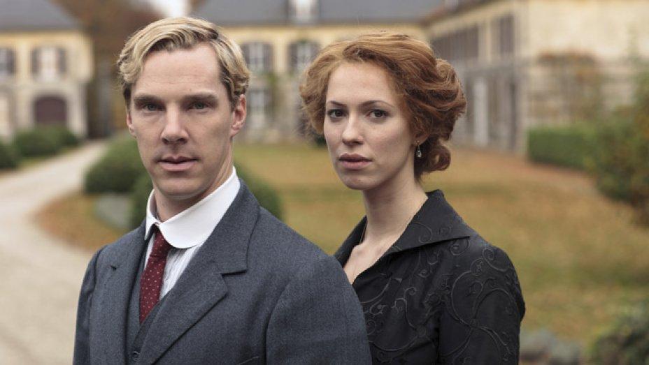Аббатство даунтон, —  «волчий зал» получил признание критиков и восемь номинаций на «эмми», а по итогу стал еще и лучшим мини-сериалом на «золотом глобусе».