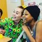 Майли Сайрус и Лиам Хемсворт посетили детскую больницу (ФОТО)