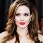 Анджелина Джоли заставила Брэда Питта подать на развод