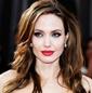 Анджелина Джоли заставляла детей воровать и врать