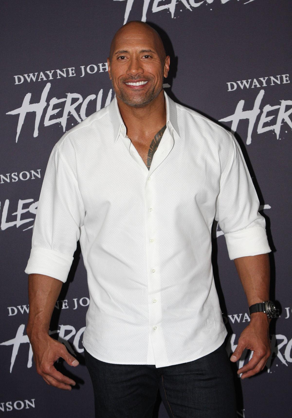 Дуэйн Джонсон получит звезду на Голливудской аллее славы