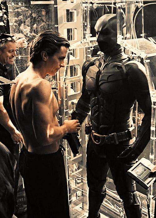Кристиан Бэйл одобрил выбор Паттинсона на роль нового Бэтмена