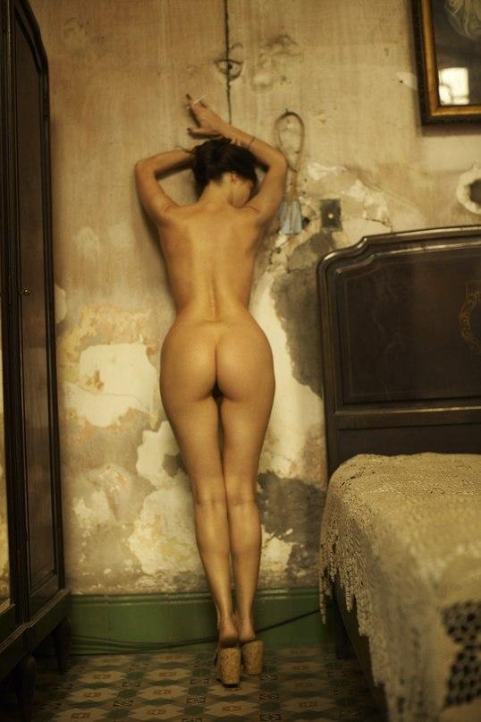 Фото голой эммануэль беар 32452 фотография